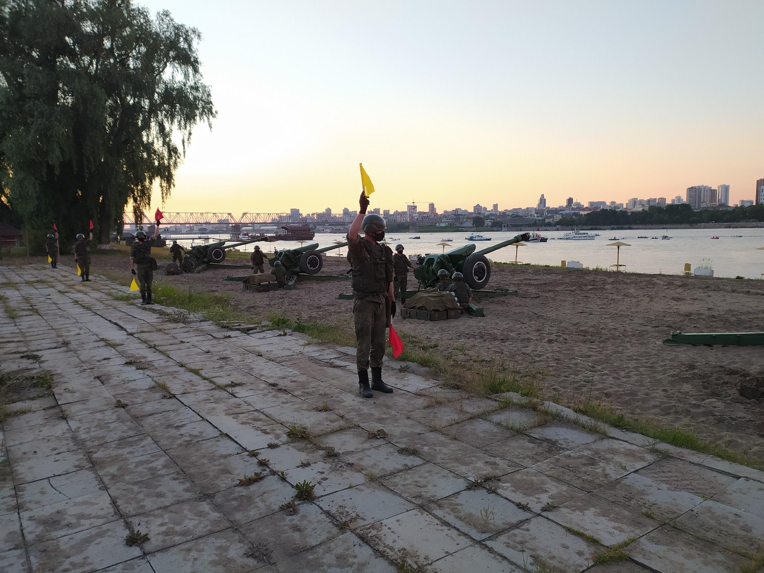 фото Салют в честь Победы в Новосибирске перенесли 2