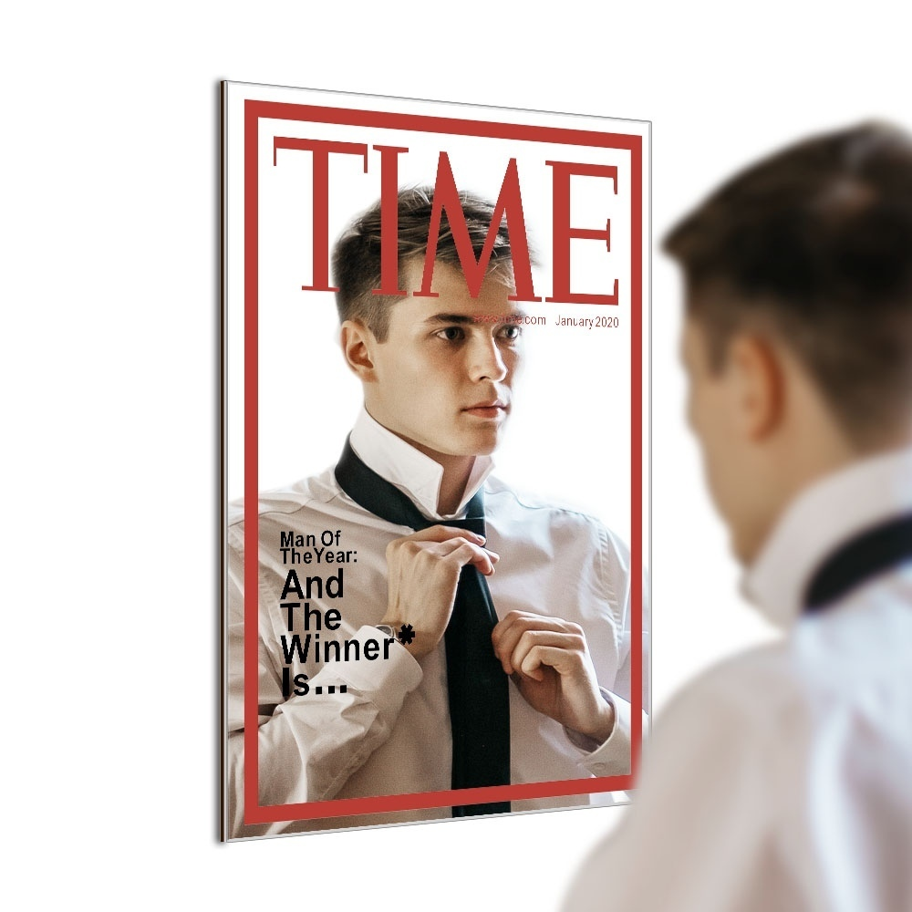 Зеркало с имитацией журнальной обложки -