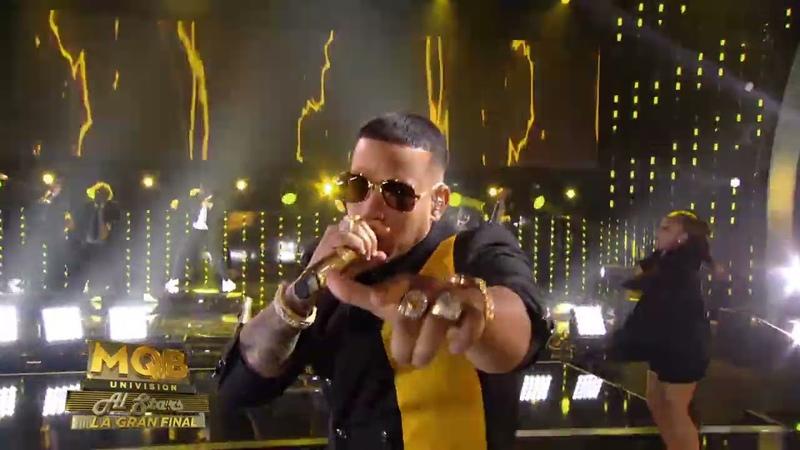 Daddy Yankee Problema Mira Quien Baila En Vivo