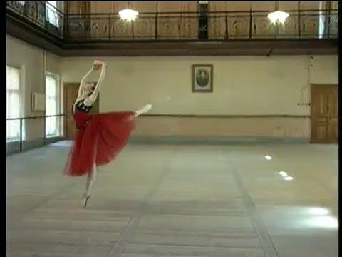 Viktoria Tereshkina Variation from La Esmeralda Vaganova Ballet Academy 2001