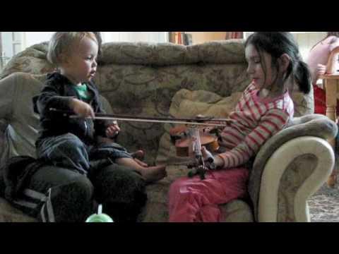 Viool spelen met de meisjes